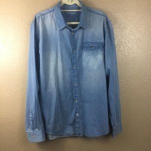 Calvin Klein men's button down chambray shirt